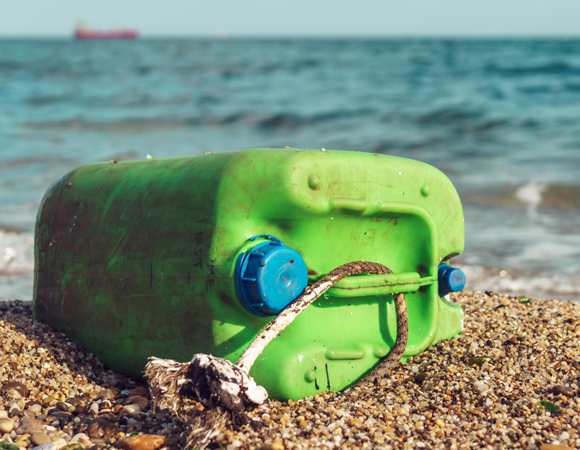 Plastic waste on the seashore | Photograph: Shutterstock